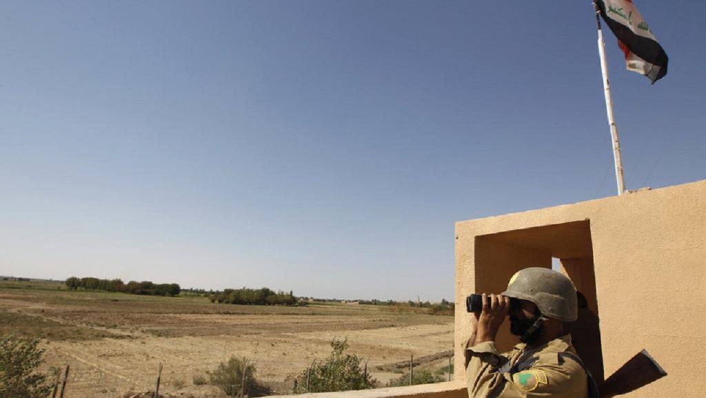 العراق يضع خطة جديدة لتأمين حدوده مع سورية style=