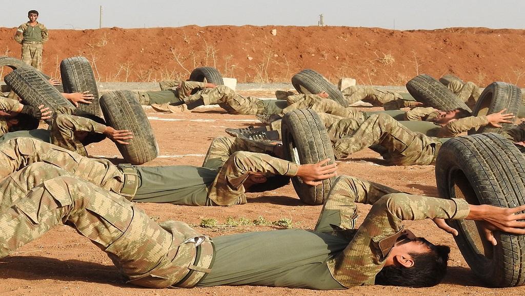 """""""الجيش الوطني"""" يُعِدّ مقاتليه لعملية شرق الفرات style="""